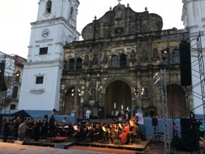 Concert Plaza Catedral